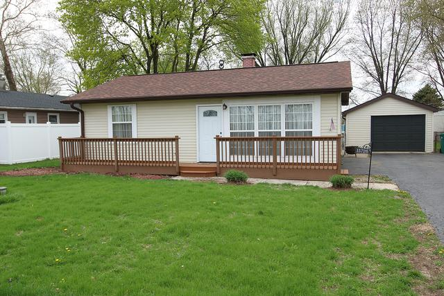 15726 S Joliet Road, Plainfield, IL 60544 (MLS #10357345) :: Helen Oliveri Real Estate