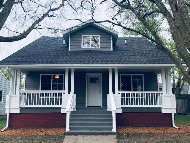 207 E Wilson Street, VILLA GROVE, IL 61956 (MLS #10357573) :: Ryan Dallas Real Estate