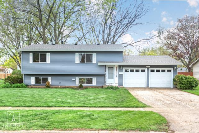 702 Darlington Lane, Crystal Lake, IL 60014 (MLS #10359471) :: Lewke Partners