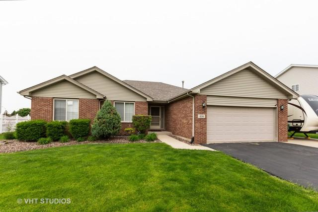 638 Superior Drive, Romeoville, IL 60446 (MLS #10359974) :: Berkshire Hathaway HomeServices Snyder Real Estate