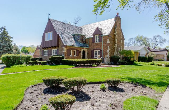 6655 N Central Avenue, Lincolnwood, IL 60712 (MLS #10360191) :: Berkshire Hathaway HomeServices Snyder Real Estate