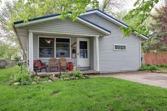 507 Wilson Avenue, VILLA GROVE, IL 61956 (MLS #10360421) :: Ryan Dallas Real Estate