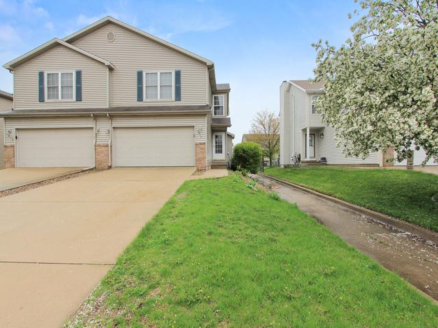 2817 Gill Street, Bloomington, IL 61704 (MLS #10364441) :: Berkshire Hathaway HomeServices Snyder Real Estate