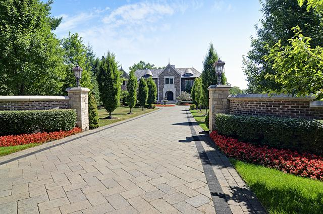 3011 Lincoln Road, Oak Brook, IL 60523 (MLS #10365250) :: Berkshire Hathaway HomeServices Snyder Real Estate