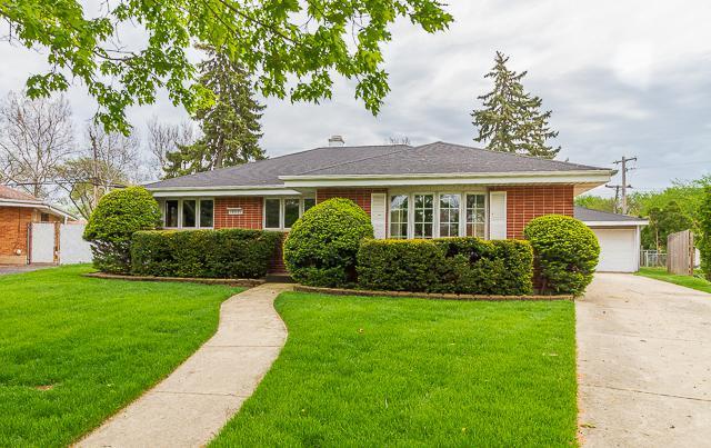 10621 Fairfield Street, Westchester, IL 60154 (MLS #10365530) :: Berkshire Hathaway HomeServices Snyder Real Estate
