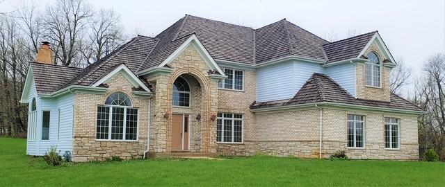 33W125 Brewster Creek Circle, Wayne, IL 60184 (MLS #10365647) :: Berkshire Hathaway HomeServices Snyder Real Estate
