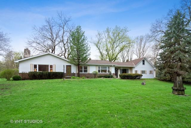 20 Royal Way, Barrington Hills, IL 60010 (MLS #10365690) :: Berkshire Hathaway HomeServices Snyder Real Estate