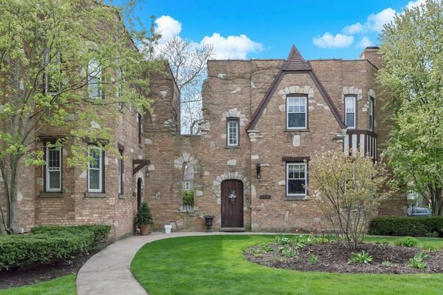 2004 Colfax Street A, Evanston, IL 60201 (MLS #10365844) :: Berkshire Hathaway HomeServices Snyder Real Estate