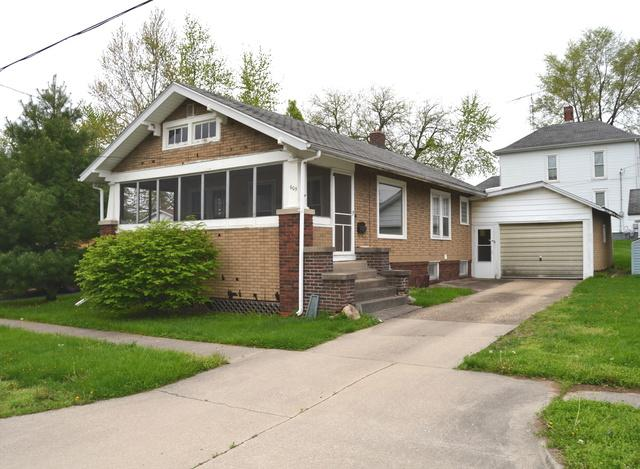 605 S Quincy Street, CLINTON, IL 61727 (MLS #10366134) :: Berkshire Hathaway HomeServices Snyder Real Estate