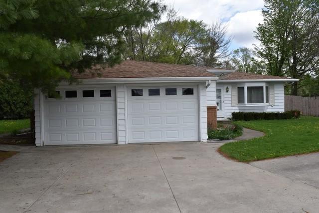 13 Oakwood Drive, Pontiac, IL 61764 (MLS #10366590) :: Century 21 Affiliated
