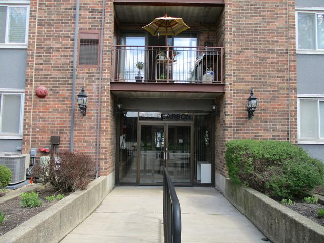 825 Pearson Street - Photo 1
