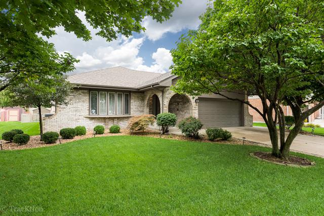 901 Woodcrest Lane, Lemont, IL 60439 (MLS #10367266) :: Century 21 Affiliated