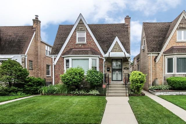 7005 W Henderson Street, Chicago, IL 60634 (MLS #10367672) :: Angela Walker Homes Real Estate Group