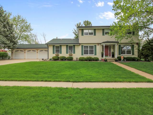 5 Northcrest Court, Bloomington, IL 61701 (MLS #10368683) :: Berkshire Hathaway HomeServices Snyder Real Estate