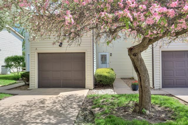 1713 King Drive B, Normal, IL 61761 (MLS #10368758) :: Berkshire Hathaway HomeServices Snyder Real Estate