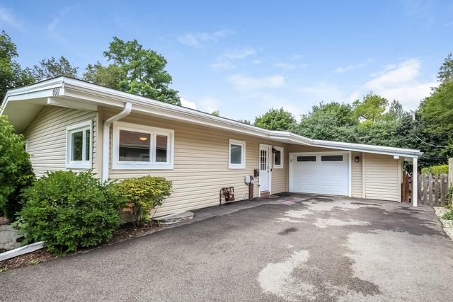 950 Appletree Lane, Deerfield, IL 60015 (MLS #10369624) :: Berkshire Hathaway HomeServices Snyder Real Estate
