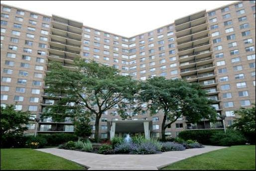 7033 N Kedzie Avenue #1515, Chicago, IL 60645 (MLS #10369683) :: Century 21 Affiliated