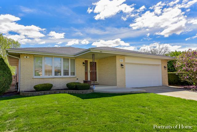 3023 Becket Avenue, Westchester, IL 60154 (MLS #10370479) :: Berkshire Hathaway HomeServices Snyder Real Estate
