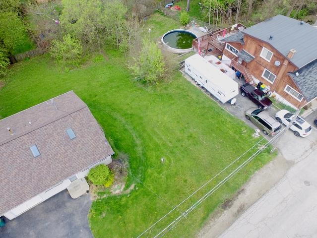 10 S Maple Avenue, Fox Lake, IL 60020 (MLS #10370932) :: The Jacobs Group