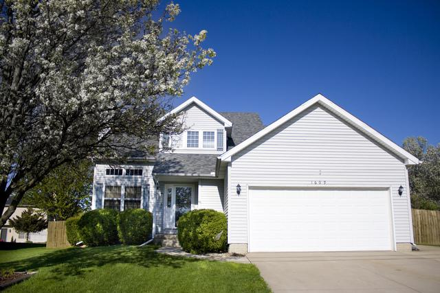 1609 Henry Street, Normal, IL 61761 (MLS #10371716) :: Property Consultants Realty