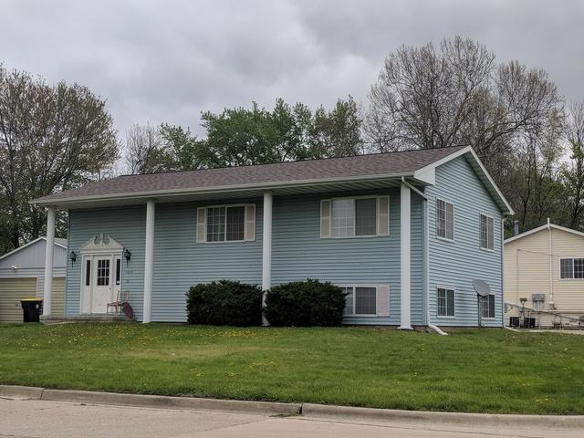 1004 Emeline Street, Normal, IL 61761 (MLS #10371773) :: Berkshire Hathaway HomeServices Snyder Real Estate