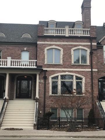 8 N Smith Street, Palatine, IL 60067 (MLS #10371813) :: Domain Realty
