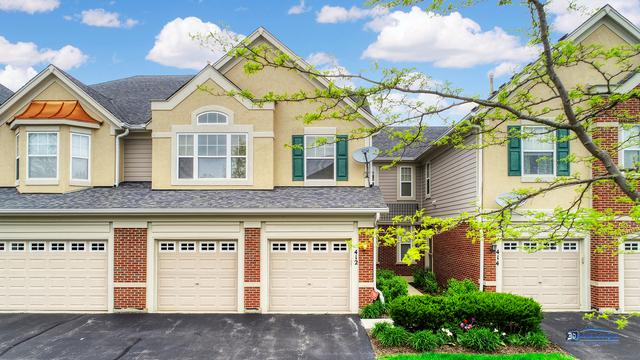 412 Pine Lake Circle, Vernon Hills, IL 60061 (MLS #10371932) :: Berkshire Hathaway HomeServices Snyder Real Estate