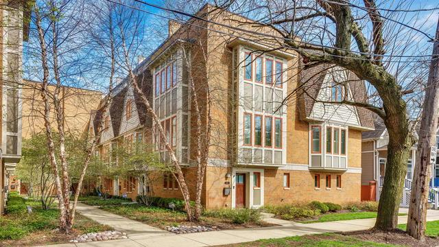 3147 N Honore Street, Chicago, IL 60657 (MLS #10371975) :: Berkshire Hathaway HomeServices Snyder Real Estate