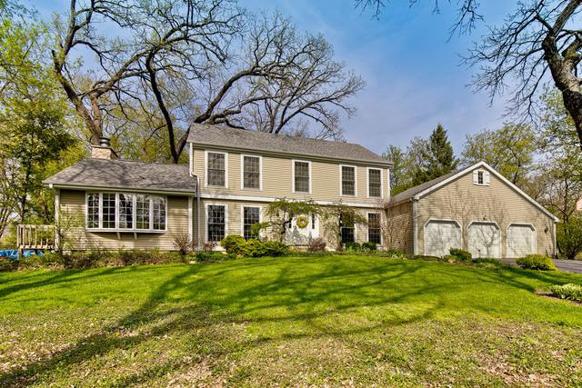 7108 Red Barn Road, Crystal Lake, IL 60012 (MLS #10372552) :: Lewke Partners