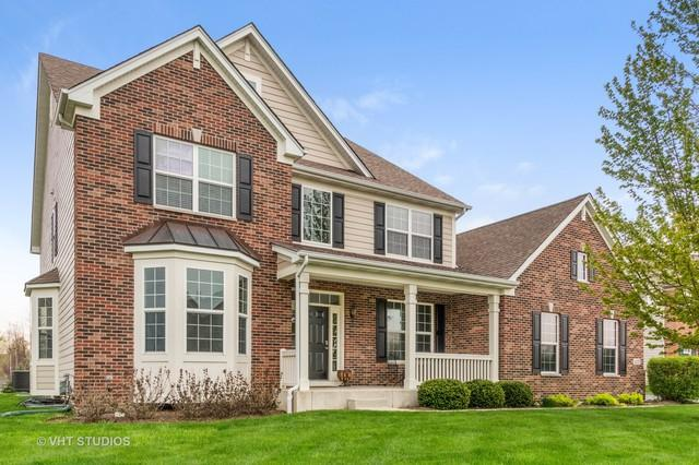 427 Helen Street, Crystal Lake, IL 60014 (MLS #10372571) :: Berkshire Hathaway HomeServices Snyder Real Estate