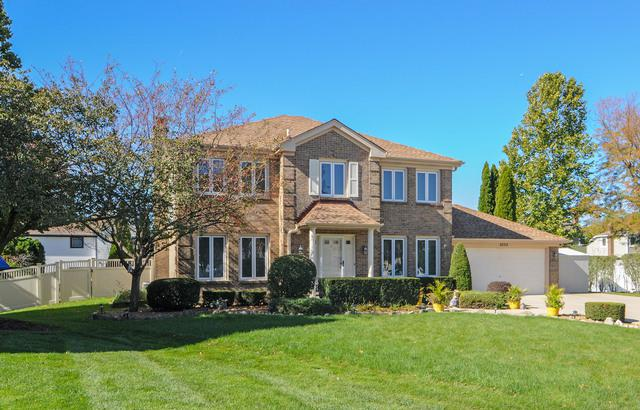 4528 Arbor View Drive, Lisle, IL 60532 (MLS #10373368) :: Berkshire Hathaway HomeServices Snyder Real Estate