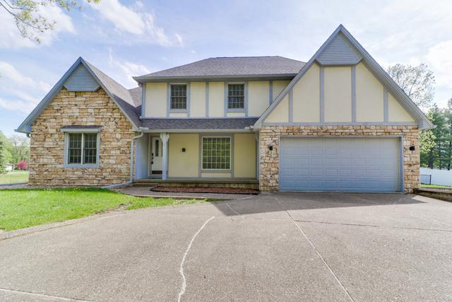 1 Timber Creek Court, Towanda, IL 61776 (MLS #10373381) :: Berkshire Hathaway HomeServices Snyder Real Estate