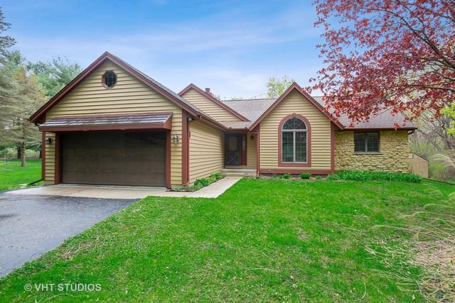 8N248 Heatherfield Drive, Elgin, IL 60124 (MLS #10374979) :: Berkshire Hathaway HomeServices Snyder Real Estate