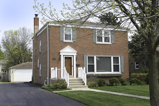 111 Elm Street, Glenview, IL 60025 (MLS #10374990) :: Berkshire Hathaway HomeServices Snyder Real Estate