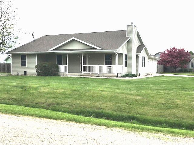 28 Bailey Creek Drive, Tonica, IL 61370 (MLS #10375108) :: Berkshire Hathaway HomeServices Snyder Real Estate