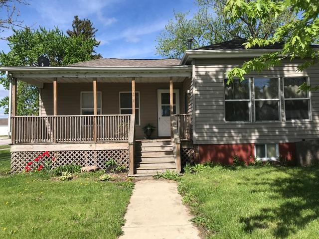 103 Woodford Street, Gridley, IL 61744 (MLS #10375384) :: Janet Jurich Realty Group