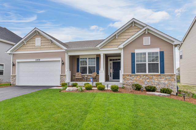 1979 Sagebrook Drive, South Elgin, IL 60177 (MLS #10375527) :: Berkshire Hathaway HomeServices Snyder Real Estate