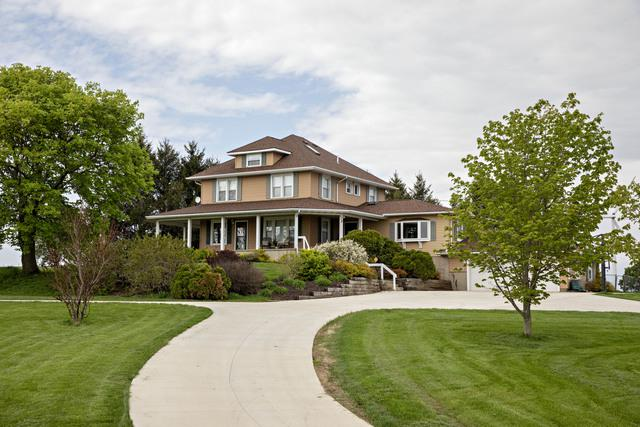 14871 800 North Avenue, Tiskilwa, IL 61368 (MLS #10375636) :: Berkshire Hathaway HomeServices Snyder Real Estate