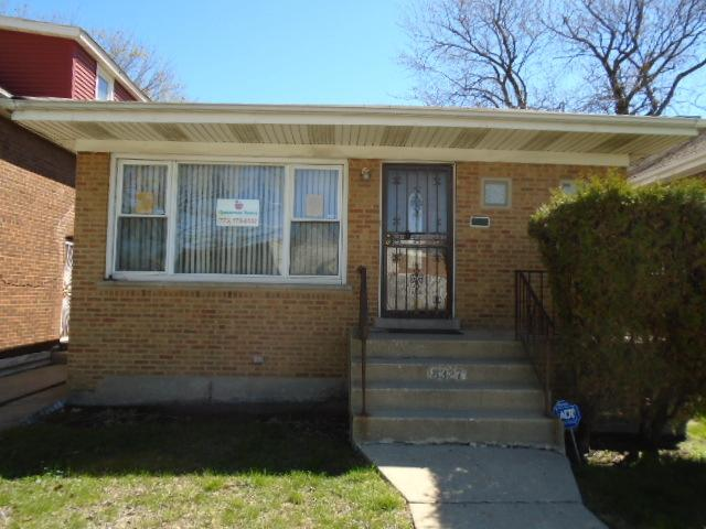 8327 S Clyde Avenue, Chicago, IL 60617 (MLS #10375831) :: Century 21 Affiliated