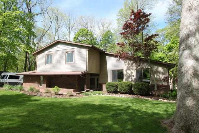5 Patricia Court, Lexington, IL 61753 (MLS #10375935) :: Berkshire Hathaway HomeServices Snyder Real Estate