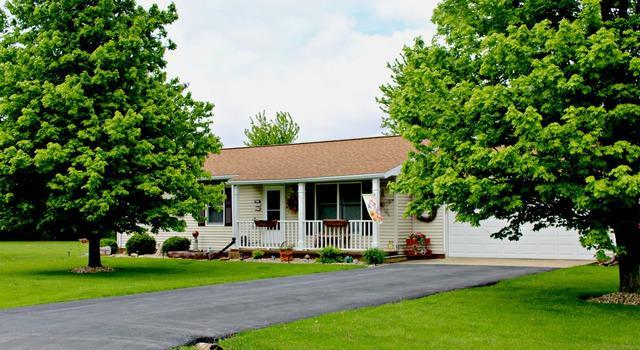103 Chippewa Drive, Loda, IL 60948 (MLS #10376027) :: Ryan Dallas Real Estate