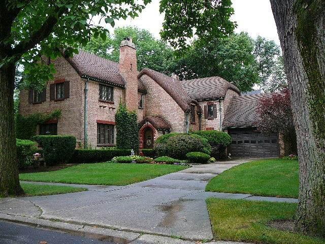 2410 Hawthorne Lane, Flossmoor, IL 60422 (MLS #10376222) :: John Lyons Real Estate