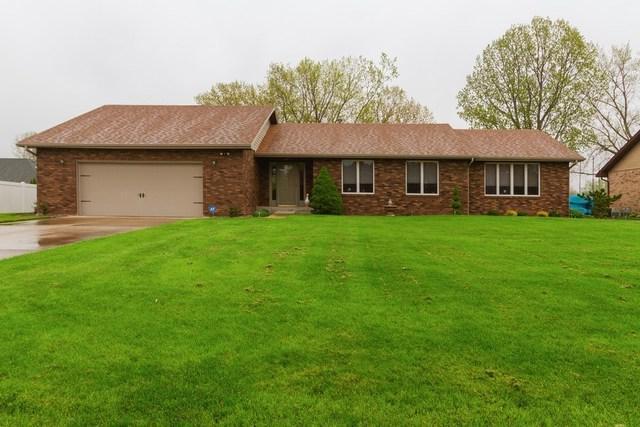 382 N Spruce Street, Manteno, IL 60950 (MLS #10376264) :: Touchstone Group