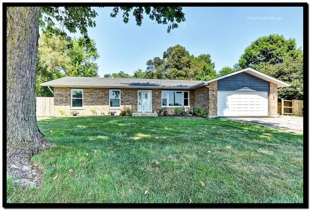 225 W Illinois Highway, New Lenox, IL 60451 (MLS #10376584) :: Berkshire Hathaway HomeServices Snyder Real Estate