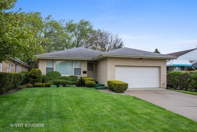 3930 W Loyola Avenue, Lincolnwood, IL 60712 (MLS #10376884) :: Berkshire Hathaway HomeServices Snyder Real Estate