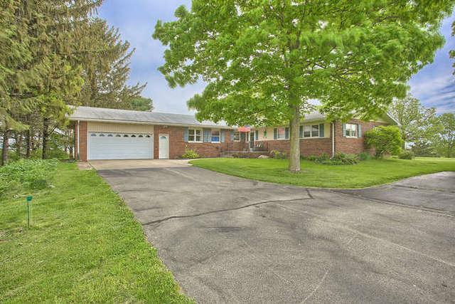 27501 Woods Road, Farmer City, IL 61842 (MLS #10376986) :: Berkshire Hathaway HomeServices Snyder Real Estate