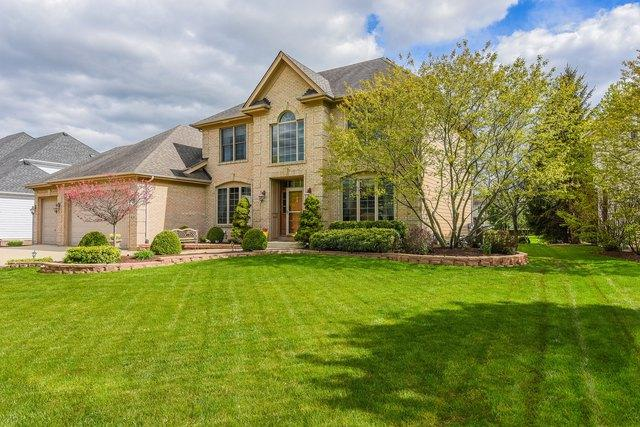 818 Columbia Circle, North Aurora, IL 60542 (MLS #10377249) :: Berkshire Hathaway HomeServices Snyder Real Estate