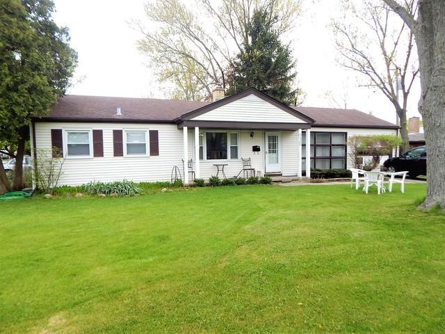230 Latrobe Avenue, Northfield, IL 60093 (MLS #10377331) :: Helen Oliveri Real Estate