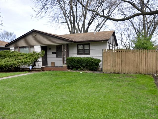 2335 N Lewis Avenue, Waukegan, IL 60087 (MLS #10377387) :: Littlefield Group