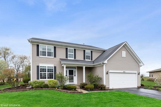 1965 Foxridge Drive, Island Lake, IL 60042 (MLS #10377575) :: Berkshire Hathaway HomeServices Snyder Real Estate